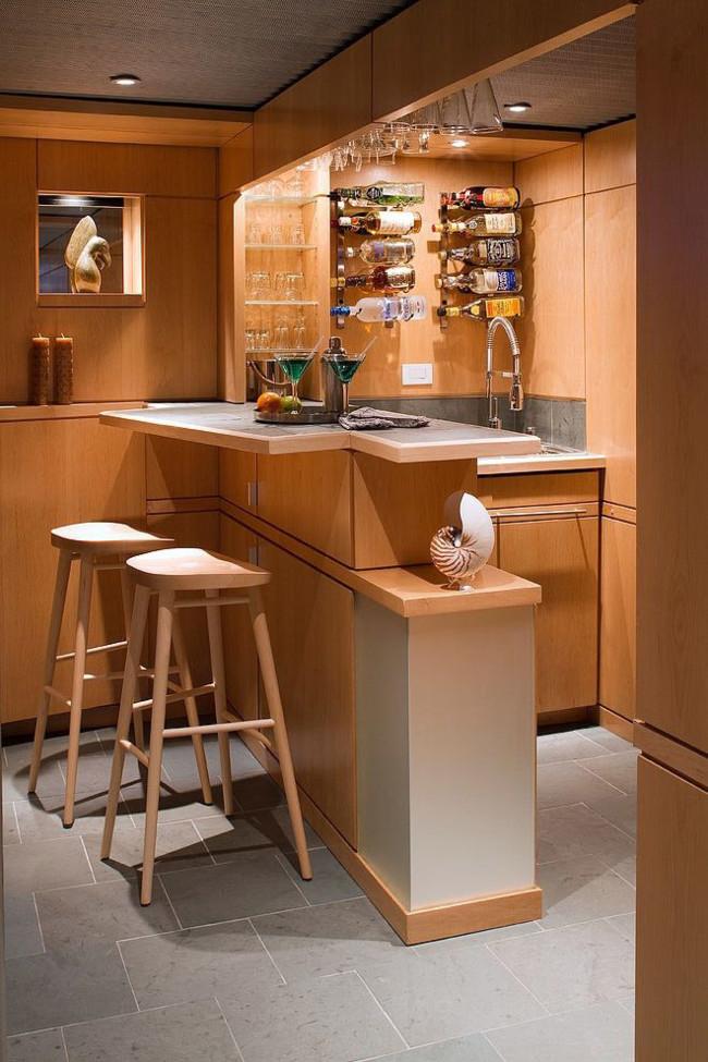 Mira todas estas novedosas ideas para hacer un bar en tu for Bares prefabricados de madera