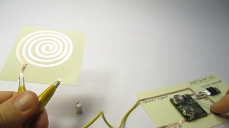 Papel, un imán y cinta de cobre: necesitas poco más para montarte tus altavoces