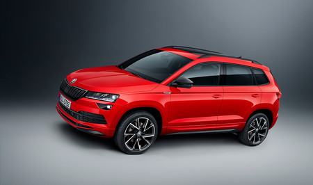 la versi n m s deportiva del skoda karoq se llama sportline y se estrena con un motor gasolina. Black Bedroom Furniture Sets. Home Design Ideas