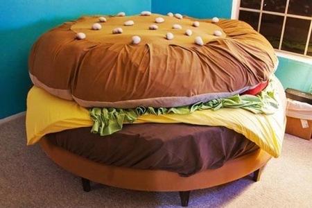 Ya podemos dormir dentro de una hamburguesa