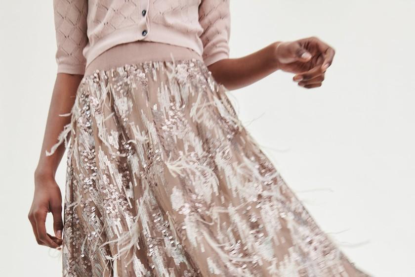 8f0ab9892 Zara tiene las faldas perfectas para tus looks de invitada