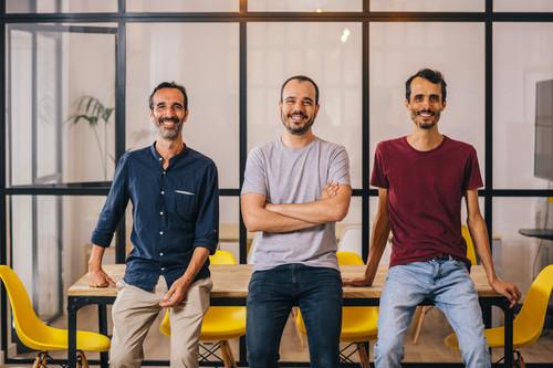 Te ponen voz de ardilla o de robot mientras juegas y acaban de recibir una ronda de 8 millones de euros: así es la startup valenciana Voicemod