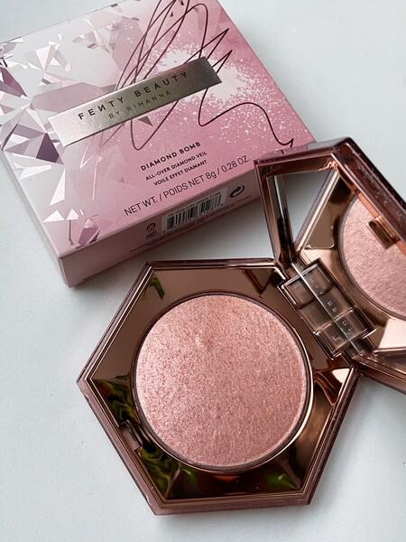 fenty beauty maquillaje navidad 2020