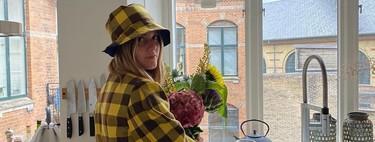 El estampado de cuadros amarillos y marrones de la firma danesa 'Baum und Pferdgarten' es la obsesión de las chicas de moda