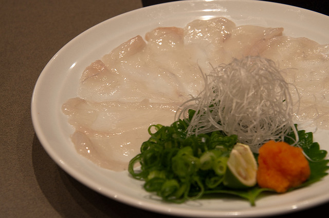 Sashimi de fugu o pez globo