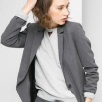 traje sastre gris de Mango