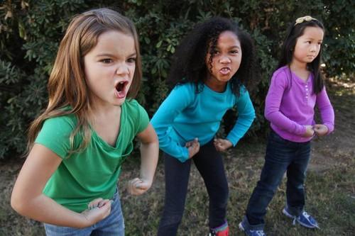 El nuevo blog feminista está escrito por tres personas que ven las cosas muy claras: niñas de 11 años