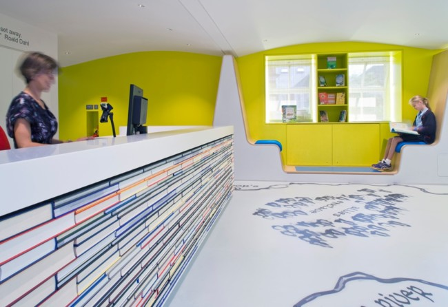 Hi Macs Biblioteca Uk 03