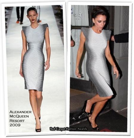 Victoria Beckham vestida de Alexander McQueen y Miu Miu