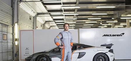 McLaren y Sparco crean un traje de carreras más ligero que tu MacBook Air