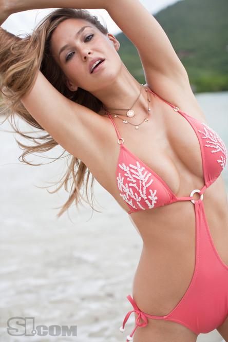 25 fotos más de Sports Illustrated Swimsuit Issue 2009 Bar Refaeli