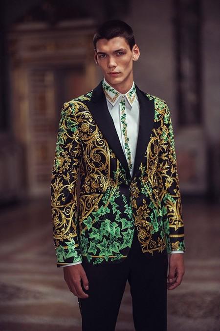 Versace se suma a la lista: así es su primera colección Haute Couture para hombres