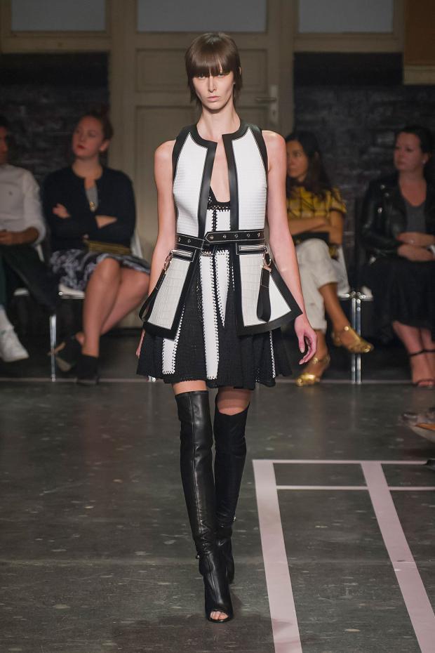 Foto de Givenchy colección Primavera-Verano 2015 (29/58)