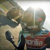 Esto es lo que pasa cuando dejas un Piaggio MP3 a los pilotos de Aprilia en MotoGP