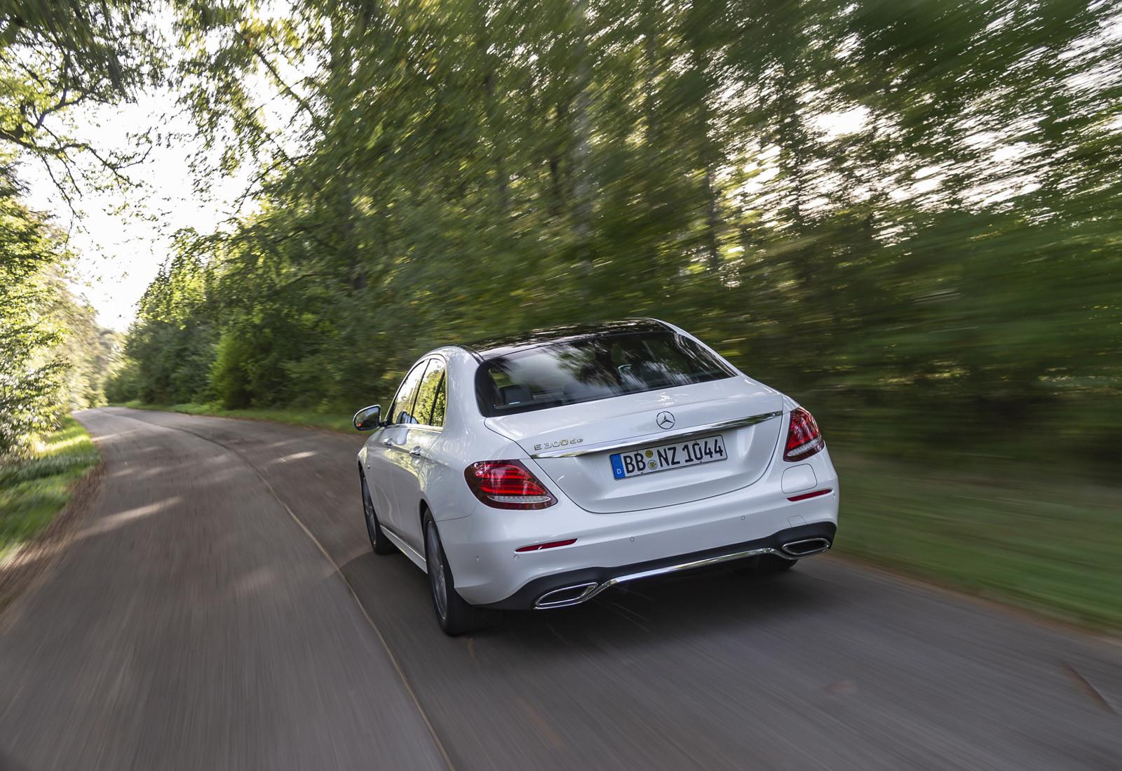 Foto de Mercedes-Benz E 300 de (presentación) (16/47)