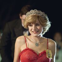 Globos de Oro 2021: Emma Corrin es la mejor actriz de serie dramática por 'The Crown'