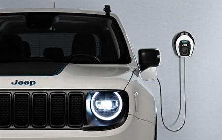 Los SUV híbridos enchufables Jeep Renegade 4xe y Compass 4xe ya tienen precio en España: desde 40.900 euros