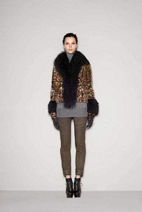 Foto de Dolce & Gabbana Fall 2011 (50/76)