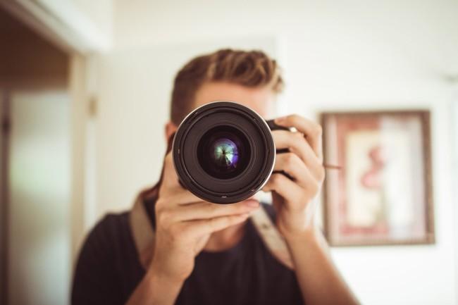 Si quieres ser modelo esto es lo que tienes que saber antes de hacerte un book (y sentirte segura): cuatro fotógrafos responden