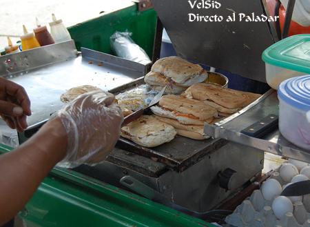 venta_ambulante_almuerzo_republica_dominicana_1.png
