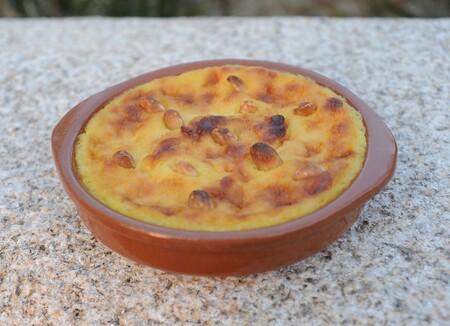 Pastel de arroz vasco sin hojaldre. Receta de postre fácil y económico de la cocina española