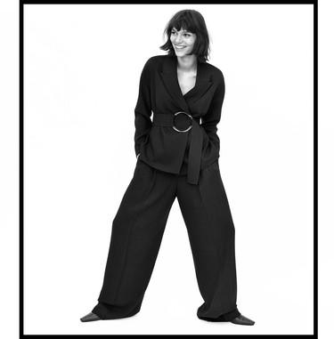 La moda oversize sigue siendo tendencia y Zara así nos lo enseña