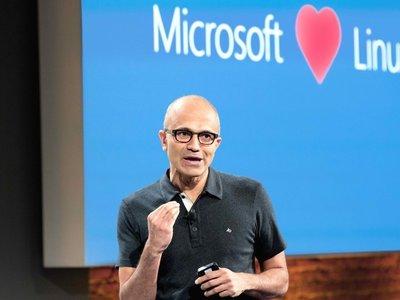 ¿Eres programador y usas Linux? En Microsoft quieren que te pases a Windows 10