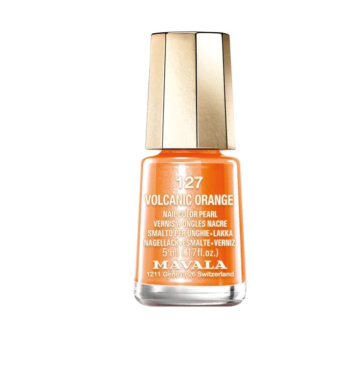Esmalte de uñas naranja Volcanic Orange de Mavala