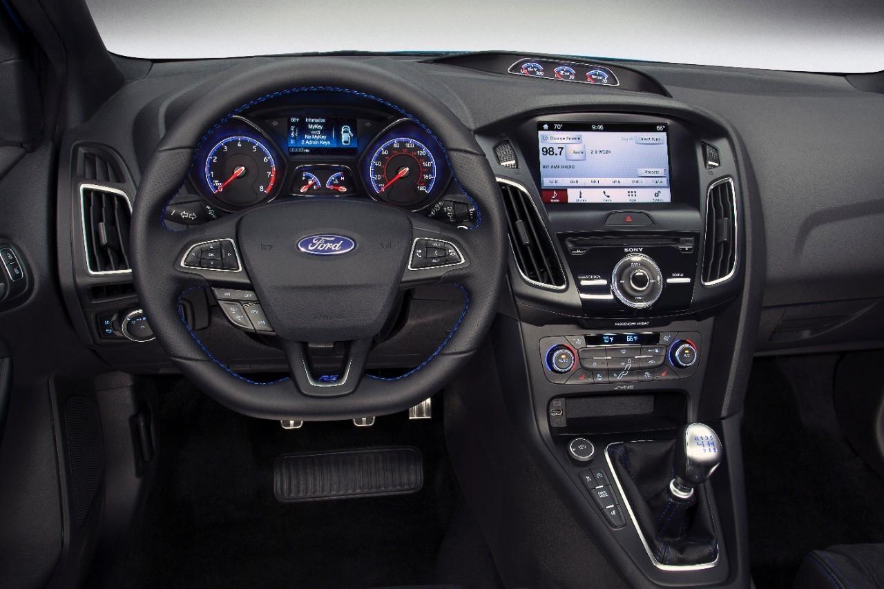 Foto de Honda Civic Type R v SEAT Leon Cupra v Ford Focus RS (7/17)