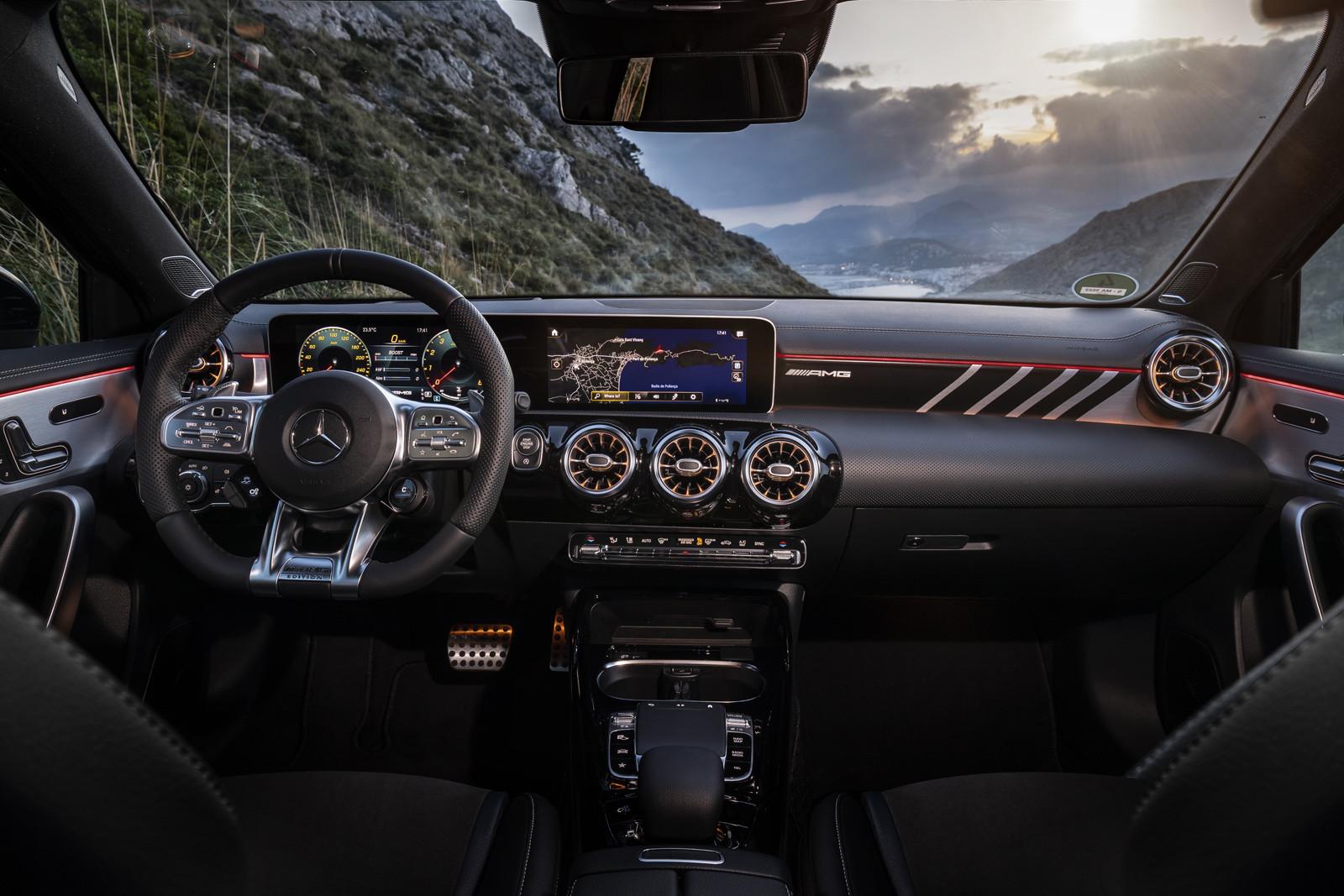 Foto de Mercedes-AMG A35 (presentación) (100/122)