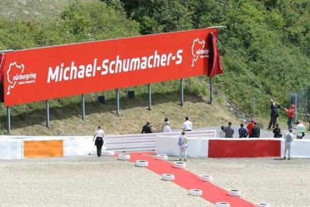 Michael Schumacher se convertirá este fin de semana en el primer piloto en competir en la Fórmula 1 en una curva con su nombre