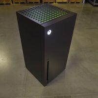 Si estás pensando en cambiar de frigorífico, Microsoft ha creado uno con la forma de una Xbox Series X y puede ser tuyo