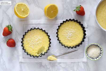 Pastel imposible de limón y coco: receta facilísima sin gluten y opción sin azúcar