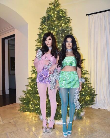 Kourtney Kardashian Look Navidad 2020 02