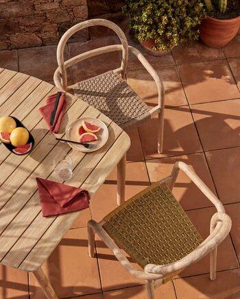 Conjunto de sillas y mesa de exterior
