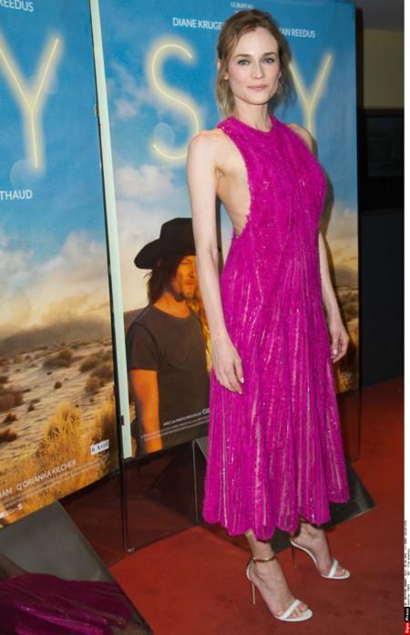 Diane Kruger Vestido Fucsia 2