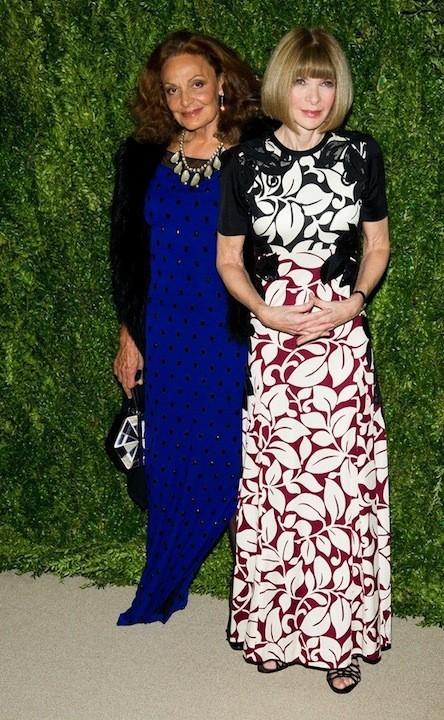 Modelitos por aquí, modelitos por allá: la gala de los CFDA Vogue Fashion ya llegó