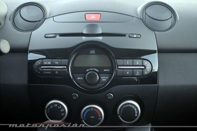 Radio Mazda2
