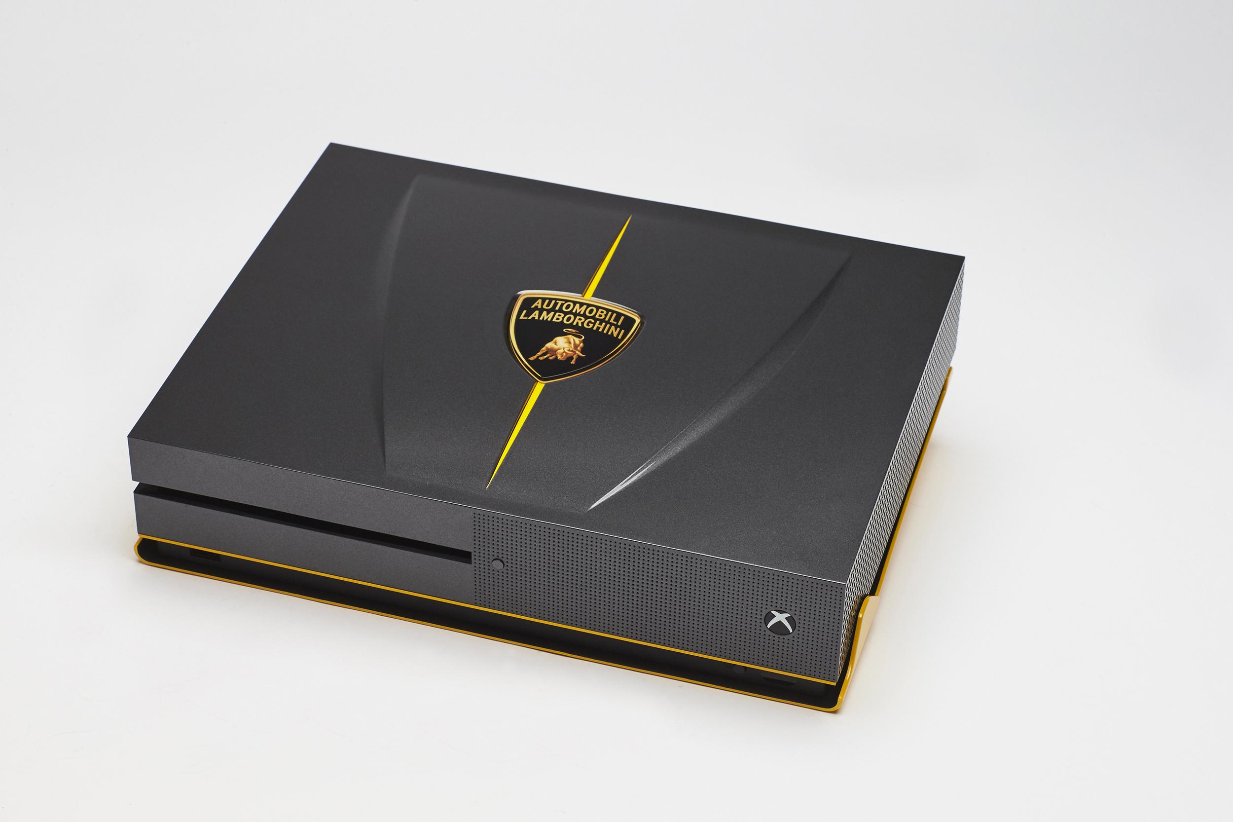 Foto de Xbox One S Lambborghini (7/8)
