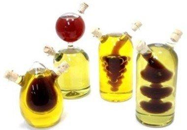 Aceite y vinagre en una sola botella.