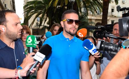 Todas las ocasiones en las que la televisión española entrevistó a maltratadores y violadores
