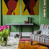 Puertas abiertas: Un ecléctico apartamento australiano lleno de color