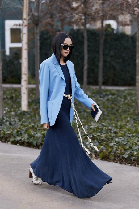 Como Combinar Un Vestido Azul Marino 19