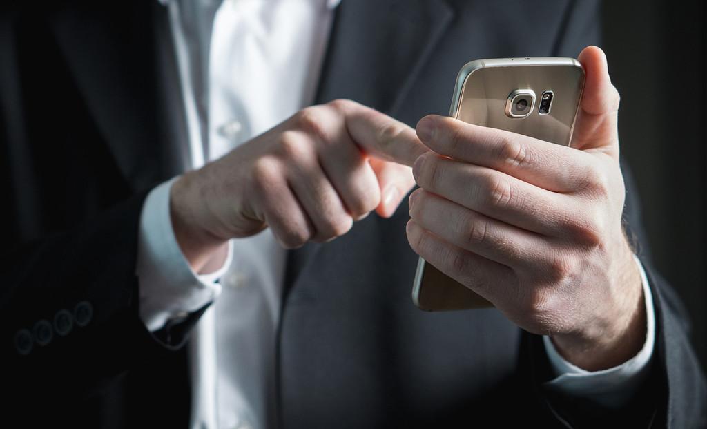 Cómo desviar las llamadas de un número a distinto en Android