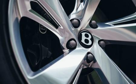 Bentley Bentayga Hybrid 2019 1280