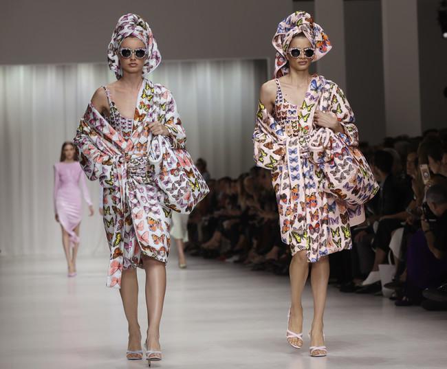 versace primavera verano 2018 top models milan fashion week