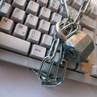 Telefónica quiere que Facebook y Google te paguen por acceder a tus datos personales