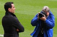 Se prohíben indirectamente las cámaras réflex en los campos de fútbol