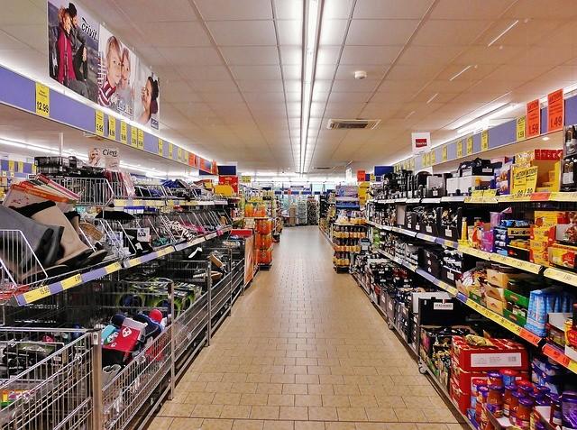 ¿Cuánto tiempo podrías vivir con toda la comida que ya hay en los supermercados?