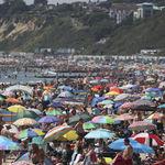 Gracias al coronavirus, los ingleses se han descubierto a sí mismos en la playa. No se han gustado mucho